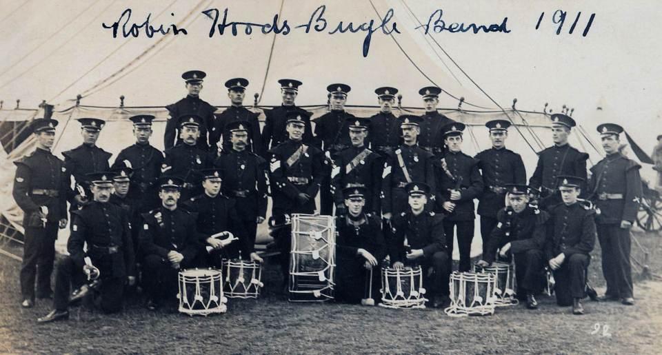 Robin Hood Bugle band 1911