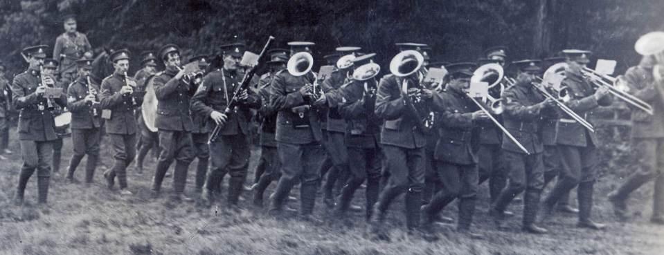 Band 1913