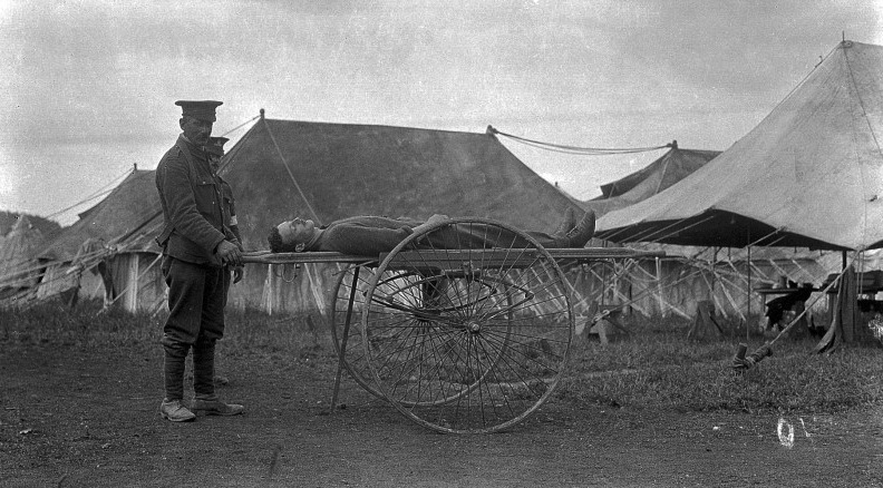 L0009342 World War One: Brook-McCormack wheeled stretcher carrier
